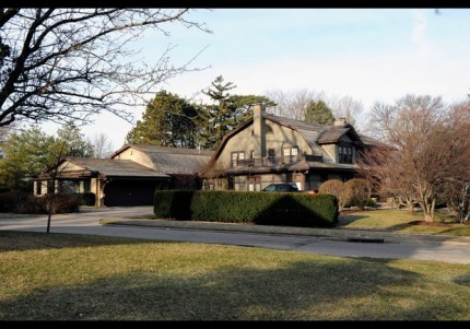 Warren Buffett the Worlds 3rd richest man still lives in the same house he bought the home in 1958 for $31,500.